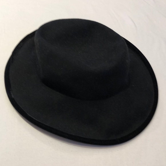 Bollman Hat Company by lord and Taylor b39b6f120a57